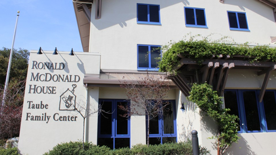 An outside view of the Ronald McDonald House Stanford